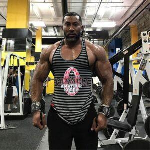 בגדי ספורט לגברים