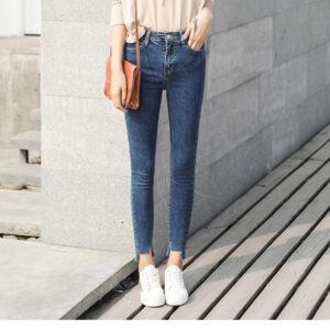 מכנסי ג'ינס לנשים