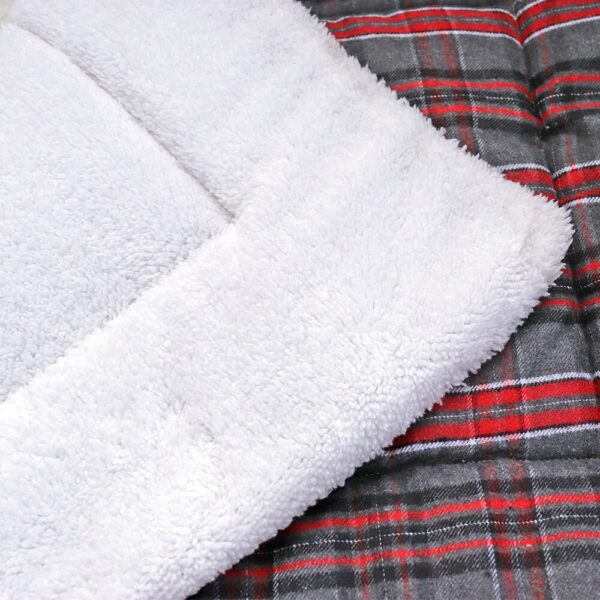 Cotton Pet Cushion Soft Dog Bed Mat Warm Dog Blanket Solid Fleece Lounger Bed For Small Medium Large Dogs Puppy Pet Products
