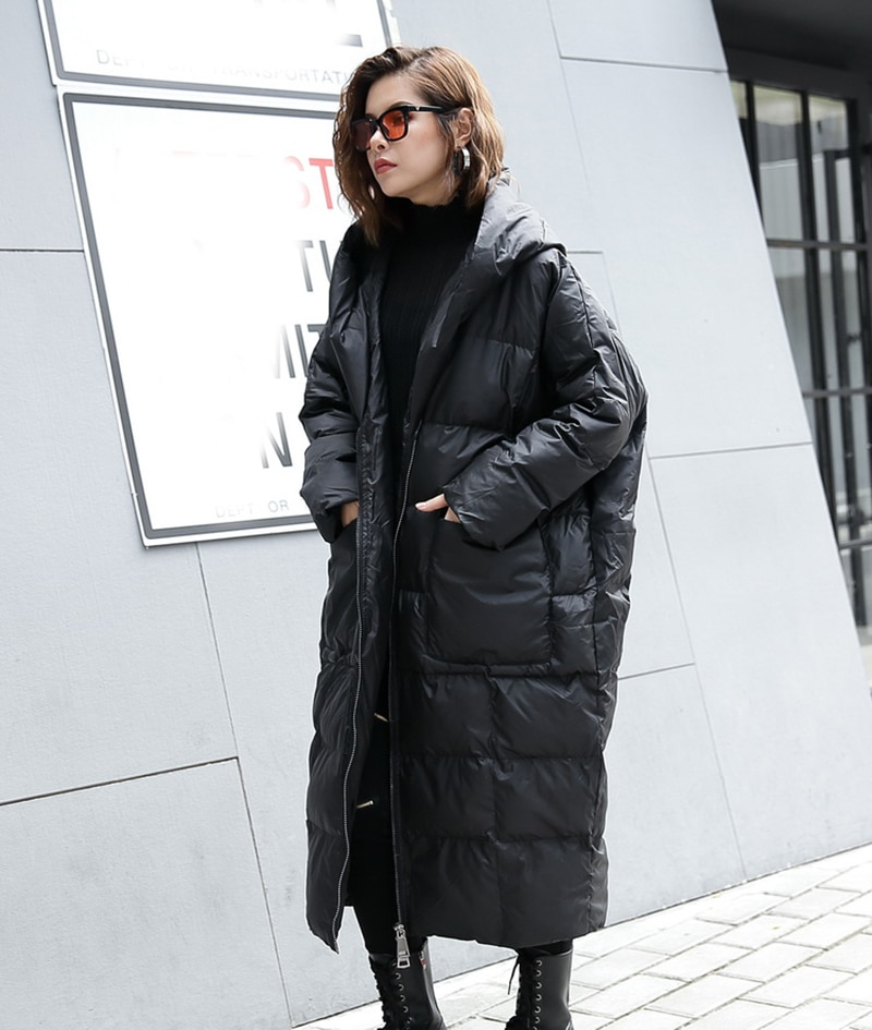[EAM] 2020 New Winter Hooded Long Sleeve Solid Color Black Cotton-padded Warm Loose Big Size Jacket Women parkas Fashion JD12101