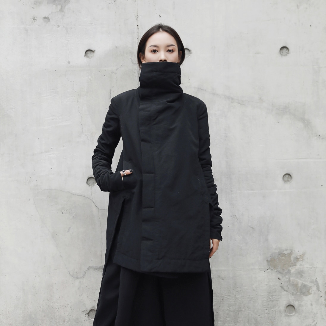 [EAM] 2020 New Fashion Winter Stand Lead Irregular Long Type Cotton-padded Clothes Loose Coat Solid Black Jacket Woman YA771